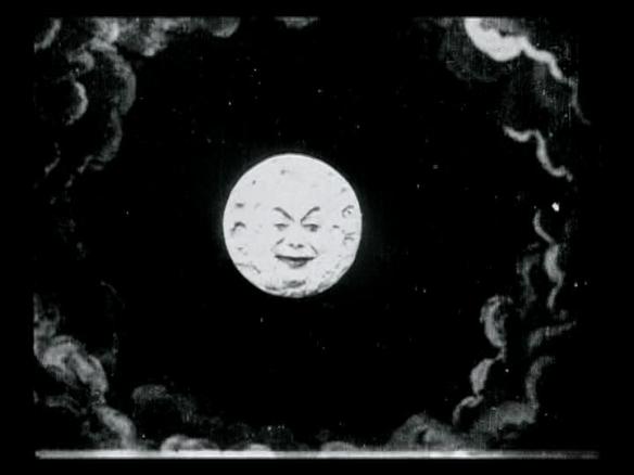 चाँद ख़ुदकुशी करने निकला है