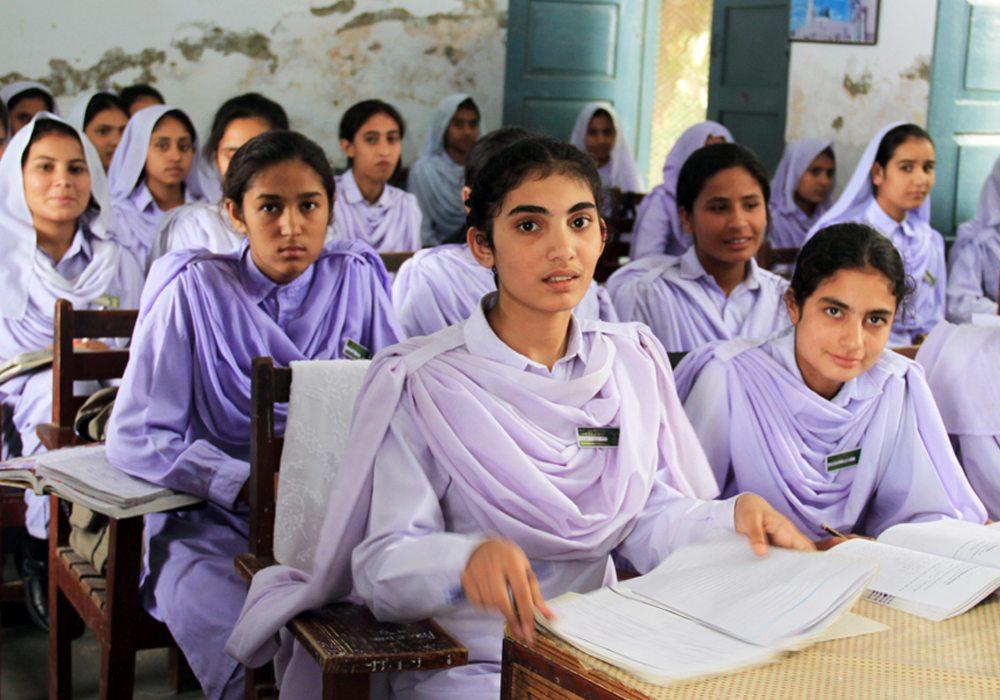 Nari Shiksha ka mahatva Essay in Hindi – नारी शिक्षा का महत्व पर निबंध